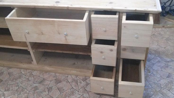 Veliký kupecký regál, pult, skříň