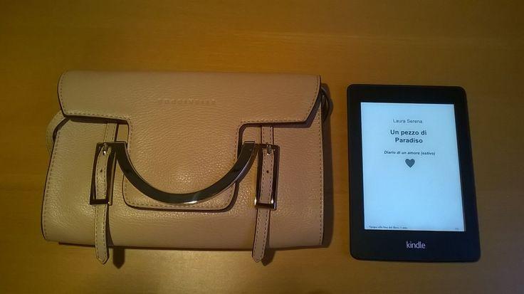 My #Coccinelle #bag and my Kindle #LauraSerena #ilmiostilelibro http://www.ilmiostilelibro.it/nuove-nel-mio-armadio-due-borse-perfette-per-la-bella-stagione/#more-318