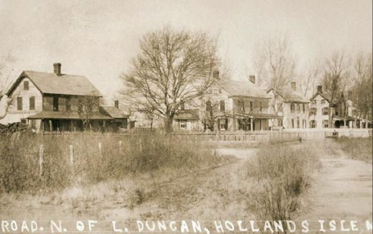 Originally settled in the 1600's, Holland Island was named for the first owner of the property, colonist Daniel Holland. For nearly two hundred years life would be largely uneventful for the small island, with little more than a small colony settlement occupying her shores. In the 1850's a fishing and farming boom in the Chesapeake area brought many to the island. By 1910 the island would house nearly 360 residents, making Holland the most populated island in Chesapeake Bay.
