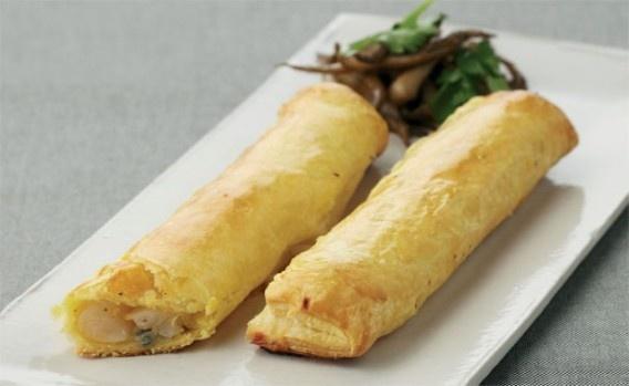 RECEPT. Bladerdeegrolletjes gevuld met schorseneren en blauwe kaas