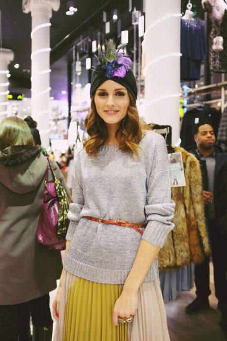 A mí Olivia Palermo me inspira y cada vez que la veo con este turbante me recuerda a nuestros turbantes Velvet, ¡no te pasa a ti lo mismo? #regalosnavidad #pitiusas #tocadospitiusas #velvet #OliviaPalermo