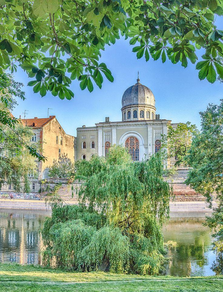 Sinagoga Neologa Sion – A treia ca mărime din Europa   #Oradea in imagini