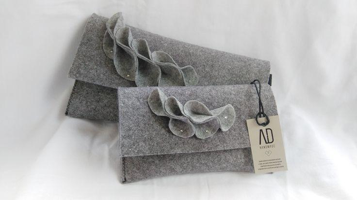 Pochette e portafoglio in feltro linea AD Handmade, fatti interamente a mano con prodotto 100% made in Italy. #adhandmade #madeinitaly #pochette #portafoglio