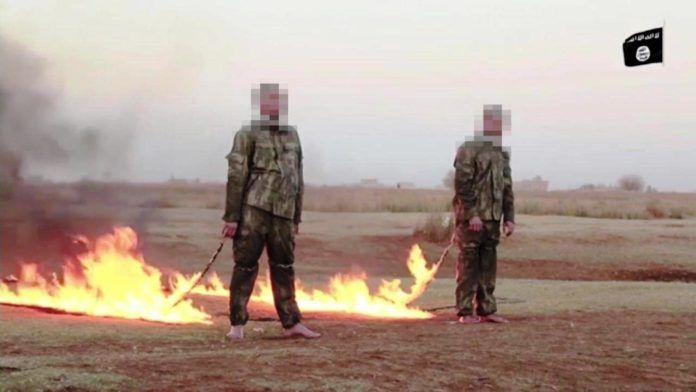 Sick ISIS Savages Film Themselves Burning Two Turkish Soldiers Alive in Disturbing Execution