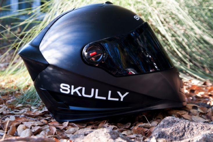 GPS, digital audio, and hands-free phone systems have become common in cars, but motorcycles have largely been left behind. Now, Skully integrates these features and more in a new motorcycle helmet.