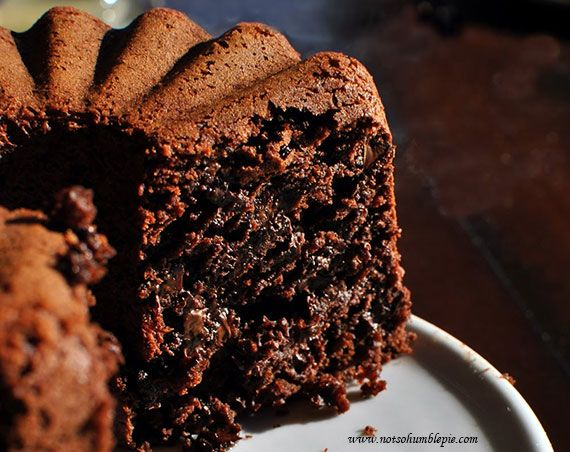 Steamed Chocolate Cake with Chocolate Chips