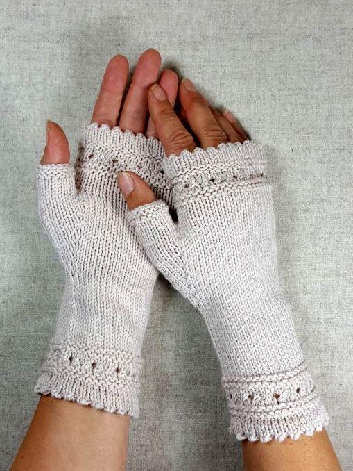 Fingerlose Handschuhe mit Perlen