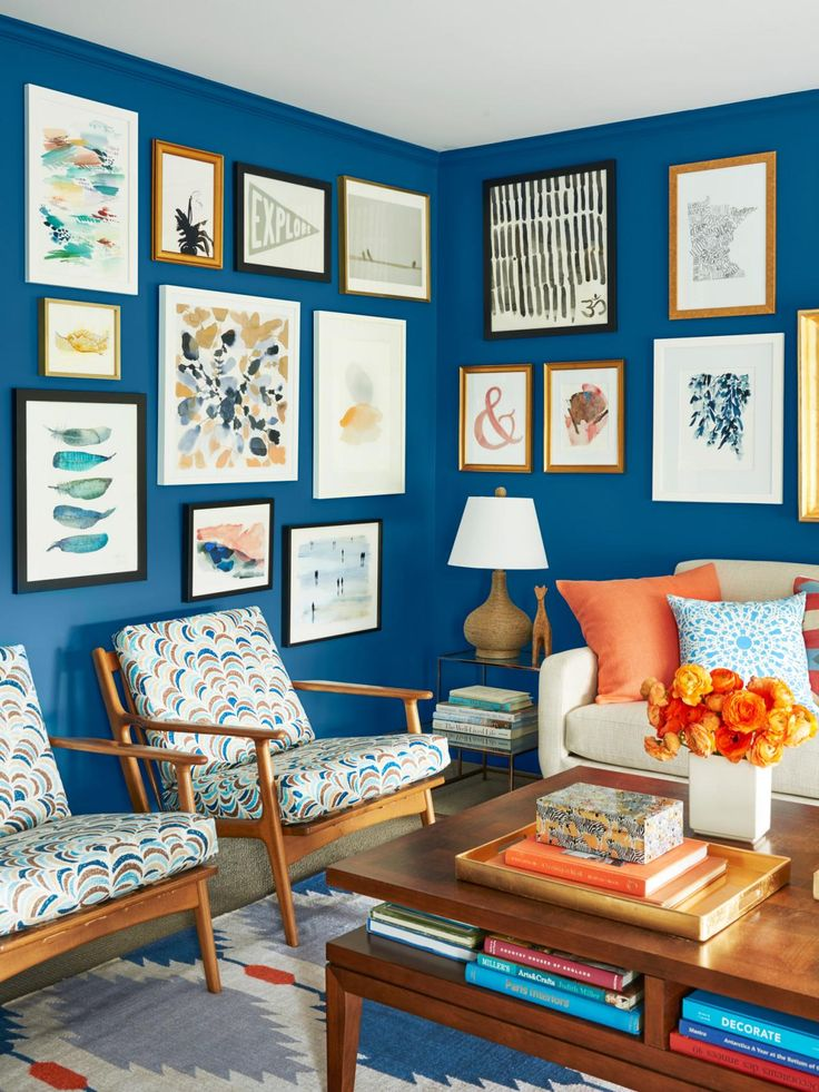 Decorating decisions are tough — which is why this couple avoided making any…