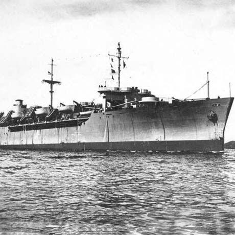 Ourang Medan. En el mes de junio del año 1947 dos barcos estadounidenses que hacían las rutas comerciales por el estrecho de Malaca, entre Sumatra y Malasia aseguraron recibir una llamada de S.O.S por parte de un barco que había en la zona LEER MAS