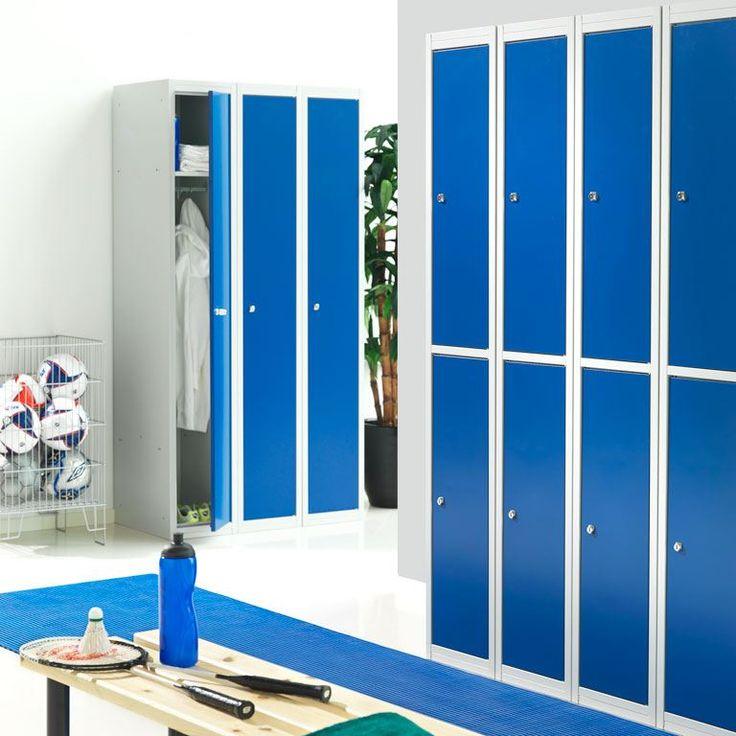 Firmy mogą zdecydować się na szafy ubraniowe pracownicze, aby zapewnić pracownikom miejsce na ich przedmioty osobiste. Szafy dostępne są w różnych rozmiarach i kolorach. Odwiedzić: http://www.ajprodukty.pl/szafy/szafy-ubraniowe/6212246.wf