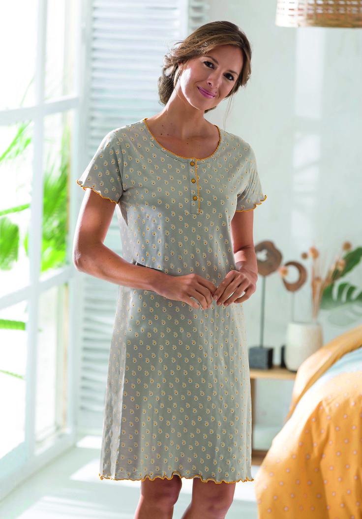 45 best pyjama chemise de nuit robe de chambre homewear. Black Bedroom Furniture Sets. Home Design Ideas