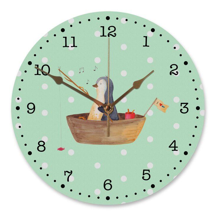 30 cm Wanduhr Pinguin Angelboot aus MDF  Weiß - Das Original von Mr. & Mrs. Panda.  Diese wunderschöne Uhr von  Mr. & Mrs. Panda wird liebeveoll in unserem Hause bedruckt und an sie versendet. Sie ist das perfekte Geschenk für kleine und große Kinder, Weltenbummler und Naturliebhaber. Sie hat eine Grösse von 30 cm und ein absolut LAUTLOSES Uhrwerk.    Über unser Motiv Pinguin Angelboot      Verwendete Materialien  Gefertigt aus widerstandsfähigem und hochwertigen Materialien    Über Mr…