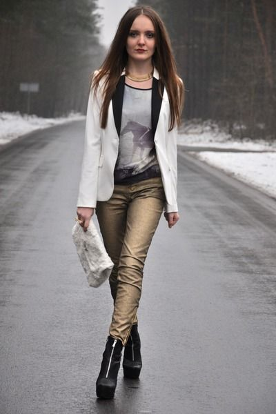 Gold pants - yes please!