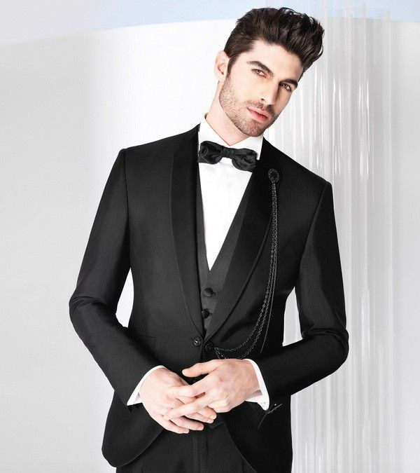 Ceremony suit Hun. This bespoke ceremony suit for grooms, was made by SPREZZA by Dragos Sandulache. 14 working days to deliver.