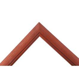 Arch Mahogny är en brun ram med en ton av Mahogny. Betsad för ett levande och ombonat utseende.Arch Mahogny är därför ett bra val i ombonade miljöer. Den Mahognybruna färgen passar bra till både konst som tavlor, och bilder samt fotografier som man vill rama in. Bredd: 29 mm. Höjd: 19 mm. Falsdjup: 13 mm.