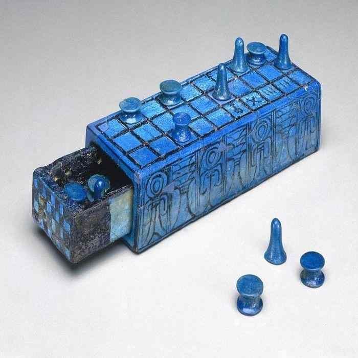 Fakta Mesir kuno - permainan papan Senet