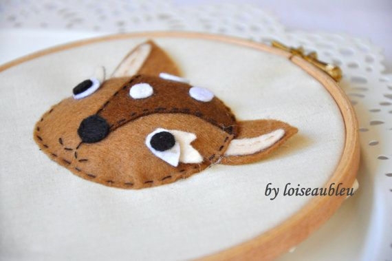 Hand stiched eco friendly wood hoop art with 3D felted cute roe deer animal for hang on the wall - woodland theme children room decoration