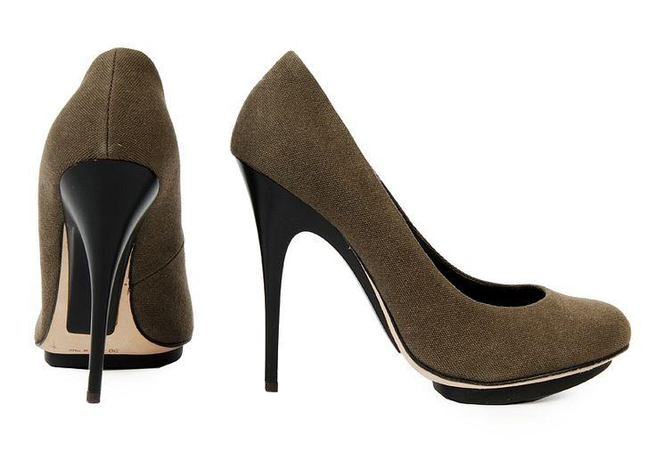http://www.fashioncode.pl/pl/buty/894-giuseppe-zanotti-eleganckie-szpilki-.html#