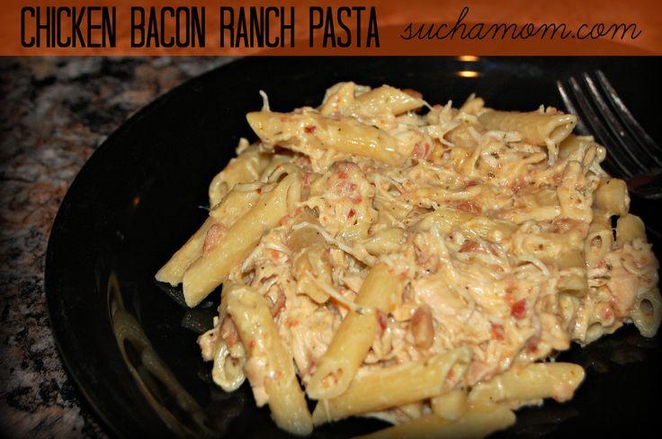 Chicken Bacon Ranch Pasta in the crockpot. Suchamom.com UNDER 500 CALORIES! #slowcooker #crockpot #recipe #pasta
