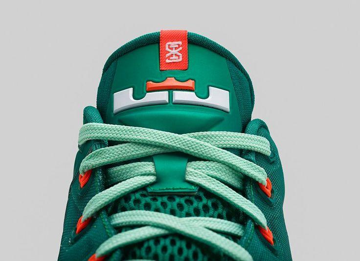 Nike Lebron eleven