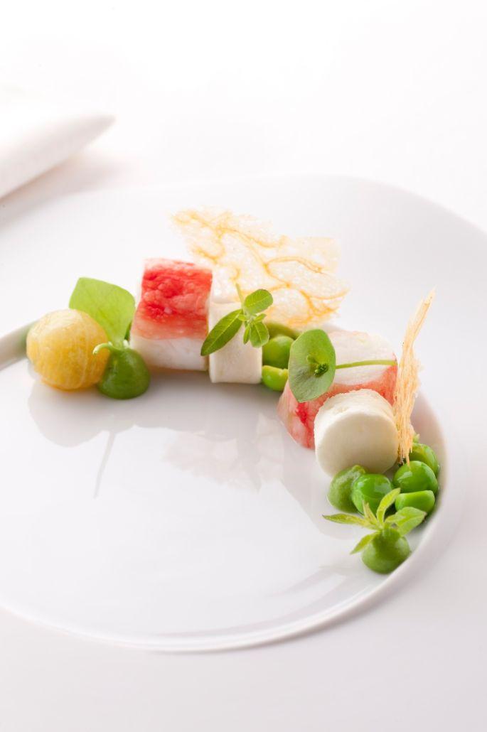 Koningskrab met wasabi en erwt-verbena emulsie