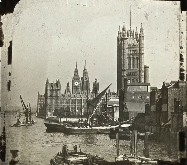 The Thames, London in the 1910s and 1920s