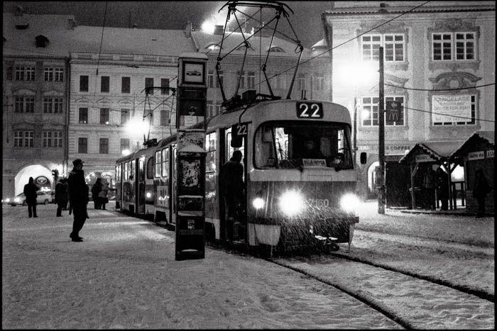 Prague sous la neige by Ombres et lumières