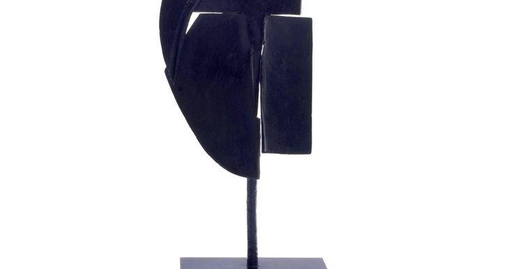 Julio González, Petite faucille (Femme debout) (Small Sickle ...