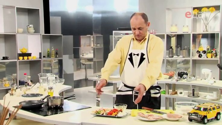 Как правильно нарезать авокадо мастер-класс от шеф-повара /  Илья Лазерс...