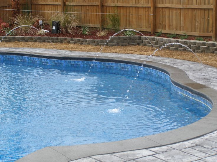 how to choose a pool liner