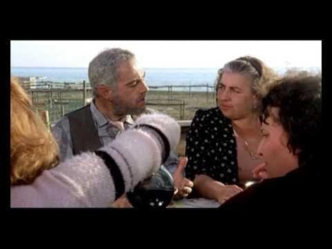 Brutti, sporchi e cattivi, di Ettore Scola, 1976. Nino Manfredi.