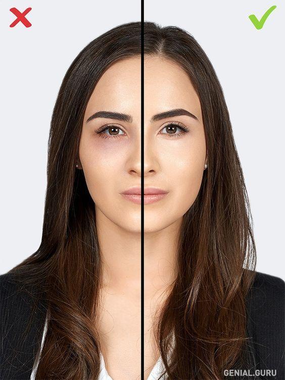 10 Errores de maquillaje que te agregan años. 8-Falta de corrector. Muchas personas tienen ojeras, y con la edad se vuelven más marcadas. La base para maquillaje solo destacará ese defecto mientras que un corrector, al contrario, las podrá disimular. Aplica el corrector en las áreas oscuras, no en toda la piel debajo de los ojos.