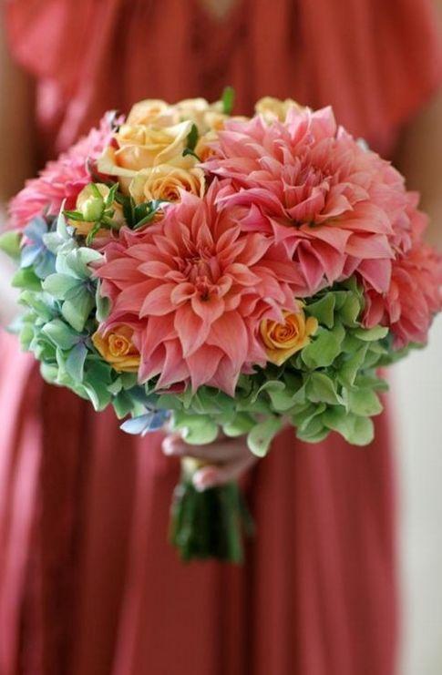 floral, bouquet, rose, dahlia, hydrangea coral colors with greens so pretty Orlando wedding flowers / www.weddingsbycarlyanes.com