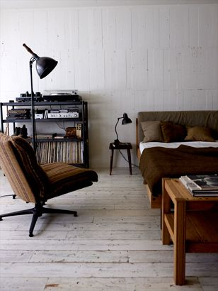TRUCK|231. RAGTIME ROCKING CHAIR