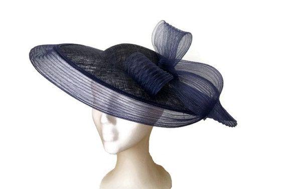 Marine blauw met sluier en lus, blue pamela, Pamela fascinators en hoeden, pamela originele en elegante, bruiloft hoeden bruidsmeisjes bruiloft bruiloft