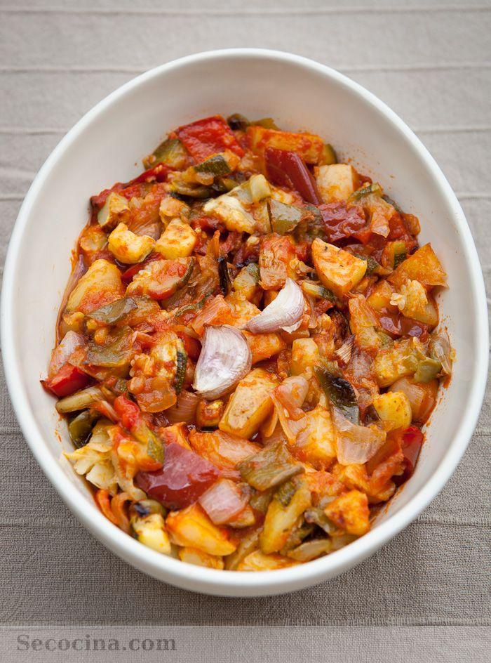 """Una receta que ha sido el """"hit"""" de la temporada de verano. Se trata de un pisto de verduras asadas, en lugar de guisadas o salteadas como es lo habitual."""