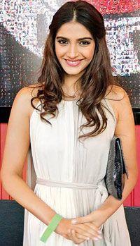 Sonam Kapoor, Go To www.likegossip.com to get more Gossip News!