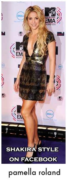 Pamella Roland Fall 2010 Deep v Short Sleeve Metallic Dressprice:?  visit & likeShakira style on Facebook