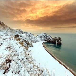 We were very happy to support this competition - what an excellent winning photo!  http://www.plymouthherald.co.uk/spectacular-photo-of-snow-wins-south-west-coast-path-s-photographic-competition/story-30314272-detail/story.html  #southwestcoastpath #photography #durdledoor #durdledor #longdistancewalking southwestcoastpath,durdledoor,durdledor,photography,longdistancewalking