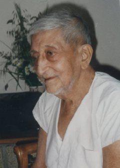 Ranjit Maharaj (1913-2000) was an Advaita Vedanta teacher. At the age of 12, he met his Master, Siddharameshwar Maharaj. http://sadguru.com/indextest.php http://www.riflessioni.it/enciclopedia/maharaj-ranjit.htm