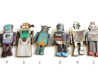 EIN Retro Roboter Spielzeug Stoff Plüsch von KatarinaRoccella