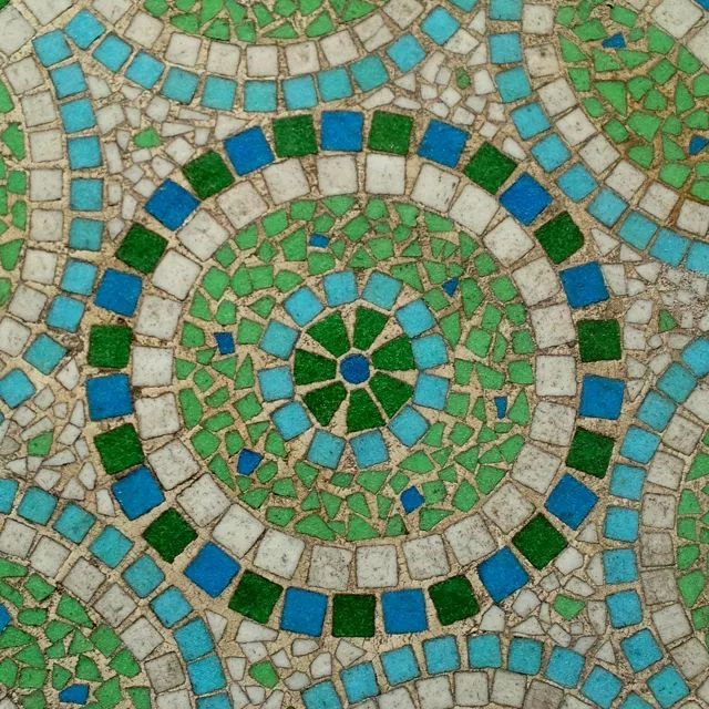 255 best images about art mosaic inspiration on pinterest - Table mosaique rectangulaire ...