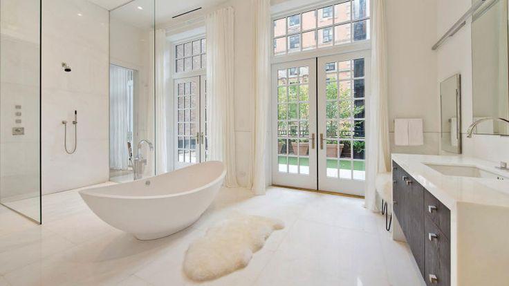 http://www.harpersbazaar.com/celebrity/latest/news/a4100/jennifer-lopez-nyc-apartment/