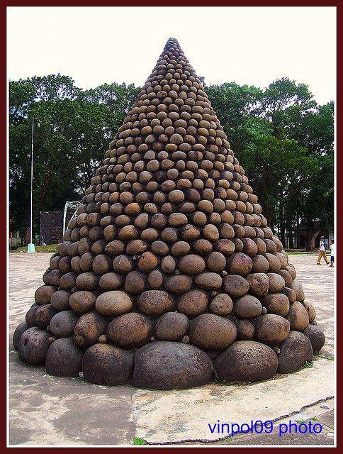 Christmas Stone Tree