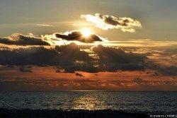 Il mare non ha paese nemmeno lui, ed è di tutti quelli che lo sanno ascoltare. Giovanni Verga