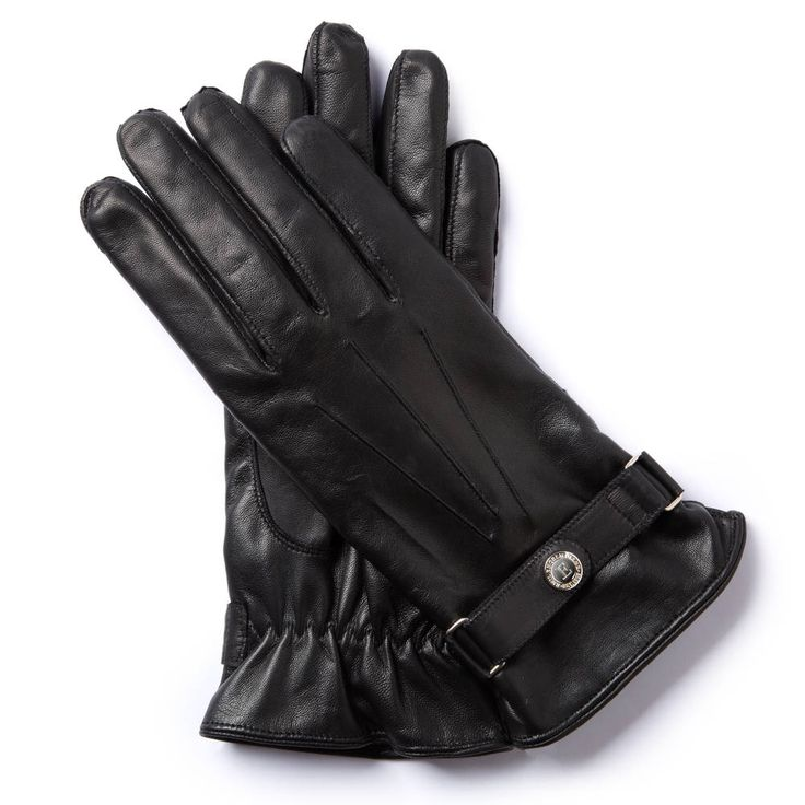 C.B.69 TWOWHEELER COLLECTION The CB glove embodies the power and elegance of the Honda CB750 motorcycle from 1969. The genuine cashmere lining provides comfort, while the studded strap adds understated elegance. Just as this motorcycle combined rapid acceleration with long-distance touring comfort, our glove offers all-round durability and style.
