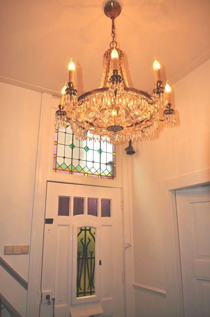 kroonluchter in jaren20 herenhuis | Stylist en Interieurontwerper www.stijlidee.nl