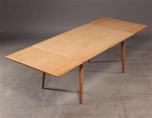 Vare: 4274801Hans J. Wegner. Spisebord med hollandsk udtræk, model AT-312