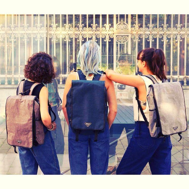 #friendship #school #schooltime #backpack #laptopbag #stylishbags #forwomen #formen #budapest #downtown #szputnyikshop #szputnyik