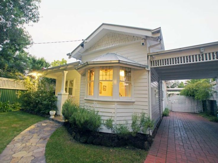 White On Californian Bungalow With Shingles Shepparton Address Available Request House FacadesHouse ExteriorsCarport IdeasCalifornia